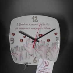 Orologio mani e cuori 20x20