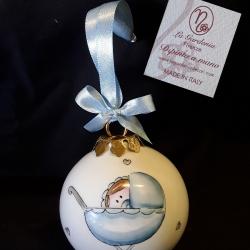 Palla di Natale bimbo e carrozzina celeste